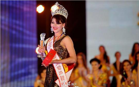 世界旅游小姐冠军尤瓦诗·瓦特娜迷人风采