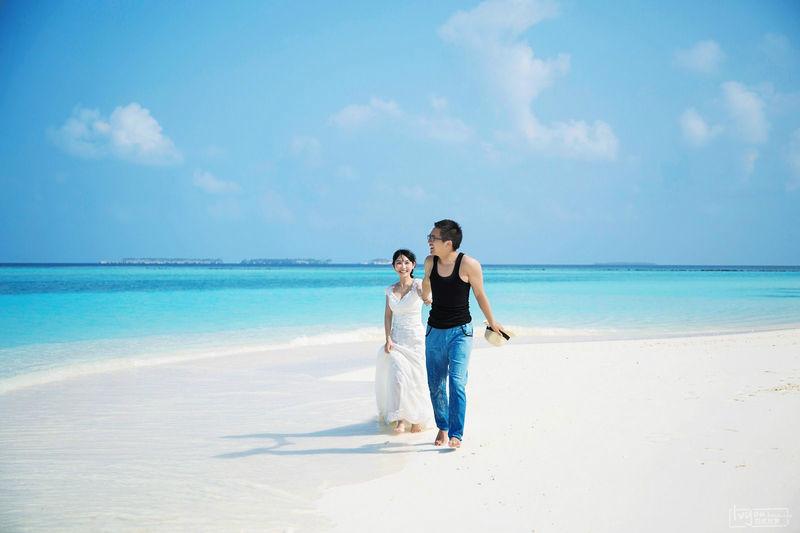 情侣马尔代夫伊露岛蜜月旅行 人生中最浪漫的自拍婚纱照
