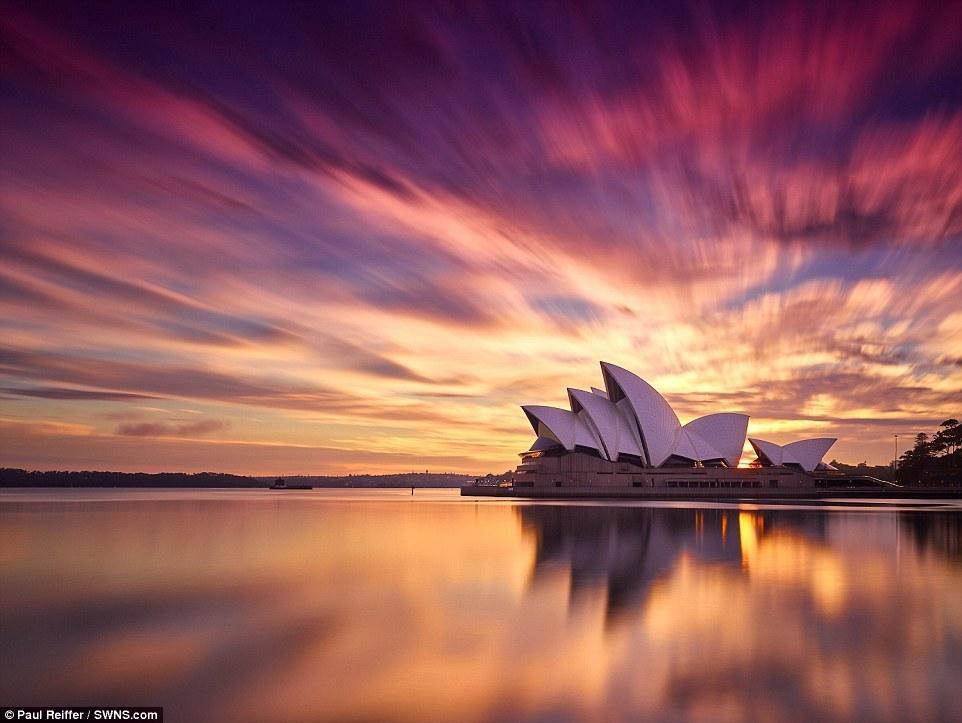 英国摄影师环游世界4年 只为抓拍日出日落的最美瞬间