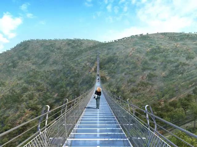 世界最长悬跨式玻璃索桥落户石家庄平山,全长488米