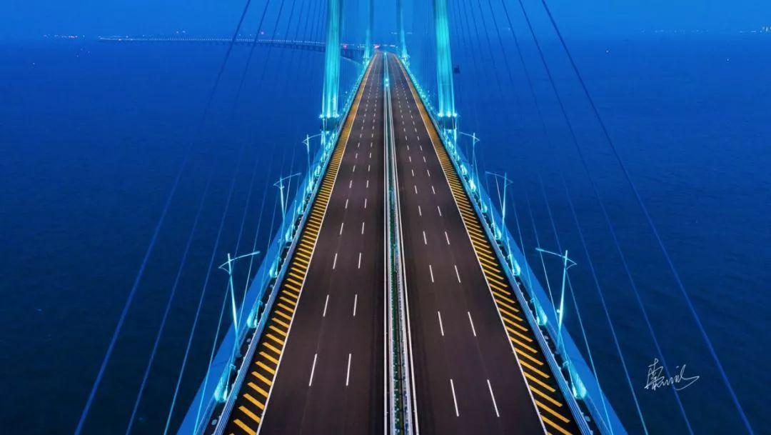港珠澳大桥10月24日9时起通车:全天运营,最全攻略公布