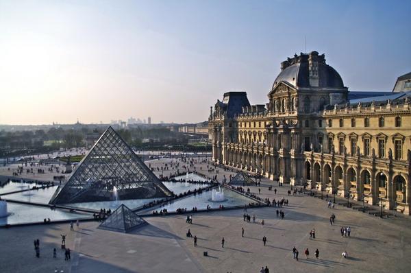 """102岁华人建筑师贝聿铭逝世:做卢浮宫项目时只是一名""""景观设计师"""""""
