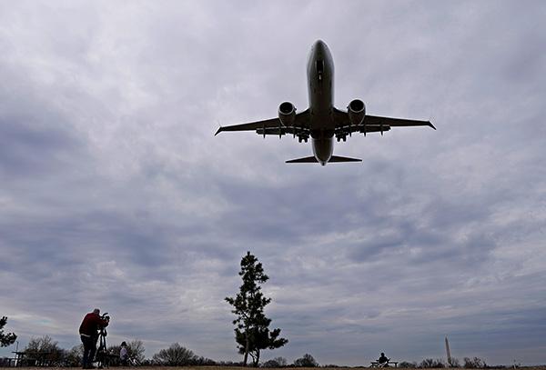 美国航空公司:将波音737MAX停飞时间延长至9月3日