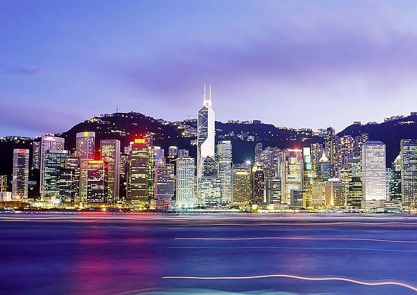 香港 东方明珠 购物天堂图片